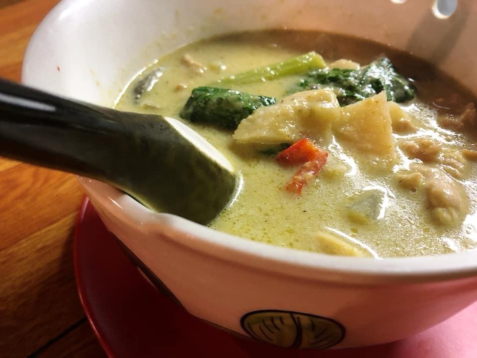 寒くなってきました。。。タイ料理ディナーコース(^O^)_d0144077_15314842.jpg
