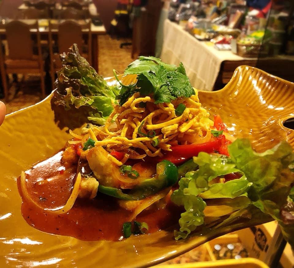 寒くなってきました。。。タイ料理ディナーコース(^O^)_d0144077_15320101.jpg