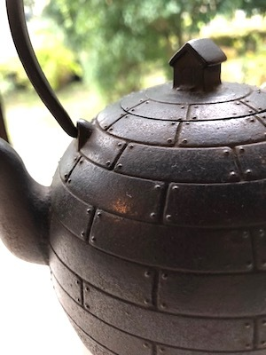 「お茶の時間を楽しむどうぐ」展 開催中3 関口さんの湯呑み、高橋さんの鉄瓶_d0177286_15474506.jpg