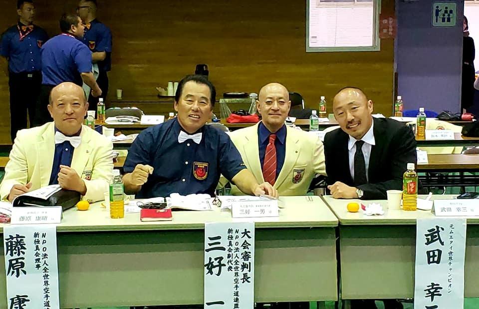 黒岡和歌山支部長(青森県三沢市出身)主催の、全和歌山県大会の応援です。_c0186691_14443489.jpg
