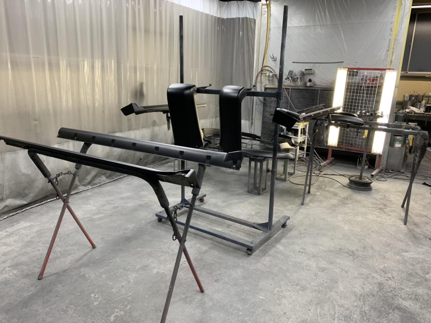 ハイラックスサーフをベース車両にカスタムカーを制作しました。_c0267693_17121534.jpg