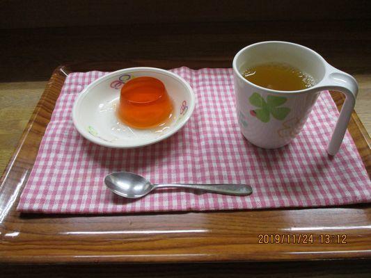 11/24 日曜喫茶_a0154110_13005741.jpg