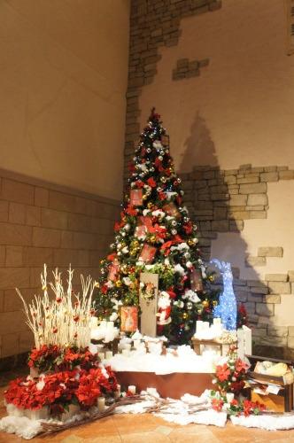 【ホテルのクリスマスツリー♪】_f0215714_15303388.jpg