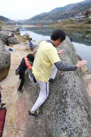 笠置の岩場清掃_e0069822_12551191.jpg