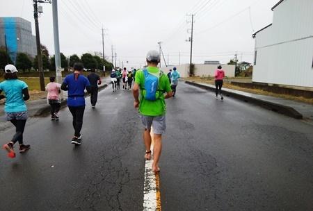 大雨のフルマラソンを完走(三度目)_b0312424_08574150.jpg
