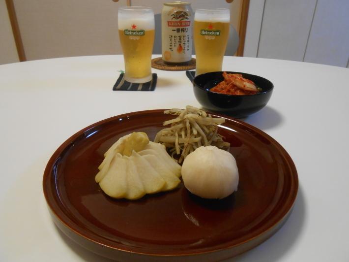 漬物でビール。鯛す寿司でカヴァ。_a0095931_21351159.jpg