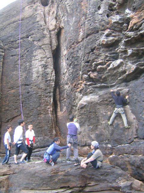 恒例・岩登り教室_d0007657_14245044.jpg