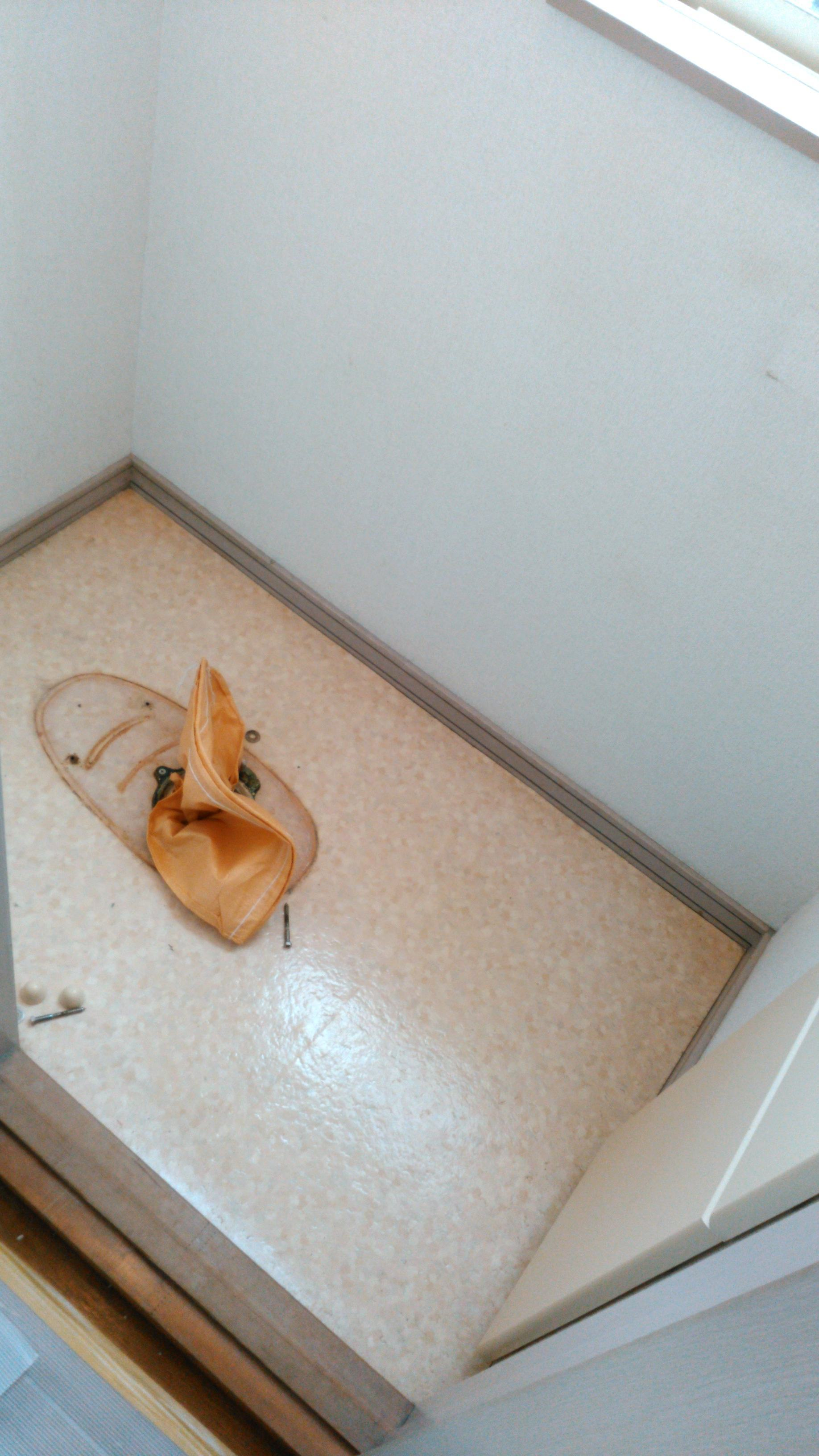 トイレのリフォーム ウィリアムモリス正規販売店のブライト_c0157866_12335938.jpg