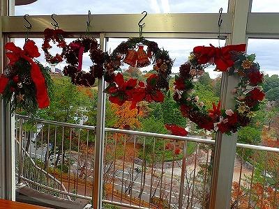 クリスマス飾り始めよう_f0203094_13213860.jpg