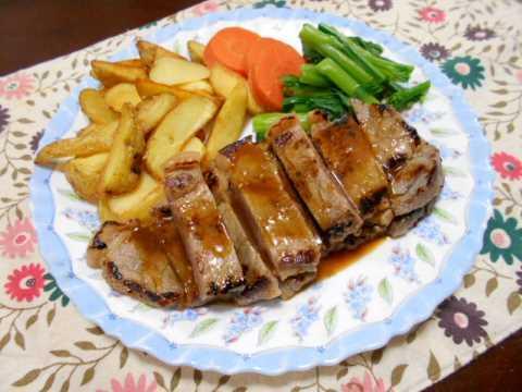 ステーキ&野菜いっぱいの豚汁_f0019498_17344873.jpg