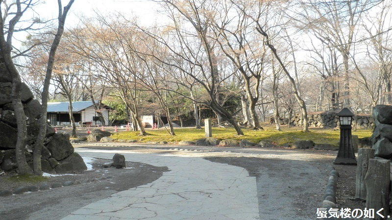 初秋の小諸「あの夏で待ってる」の舞台へ その03 懐古園そして西浦ダムは(R011021探訪)_e0304702_07435381.jpg