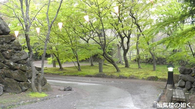 初秋の小諸「あの夏で待ってる」の舞台へ その03 懐古園そして西浦ダムは(R011021探訪)_e0304702_07444546.jpg