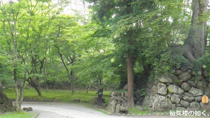初秋の小諸「あの夏で待ってる」の舞台へ その03 懐古園そして西浦ダムは(R011021探訪)_e0304702_07550509.jpg
