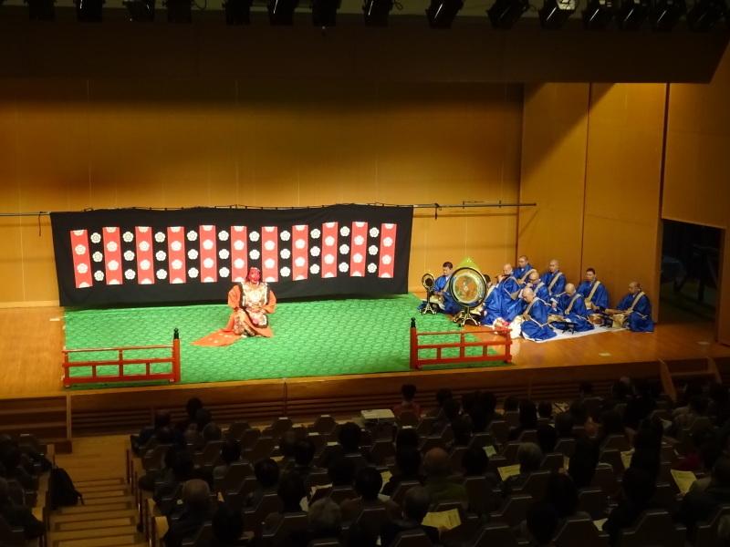 青森シニアカレッジ公開講座『雅楽の魅力Ⅱ~演奏と舞~』(2)_d0366509_18222163.jpg