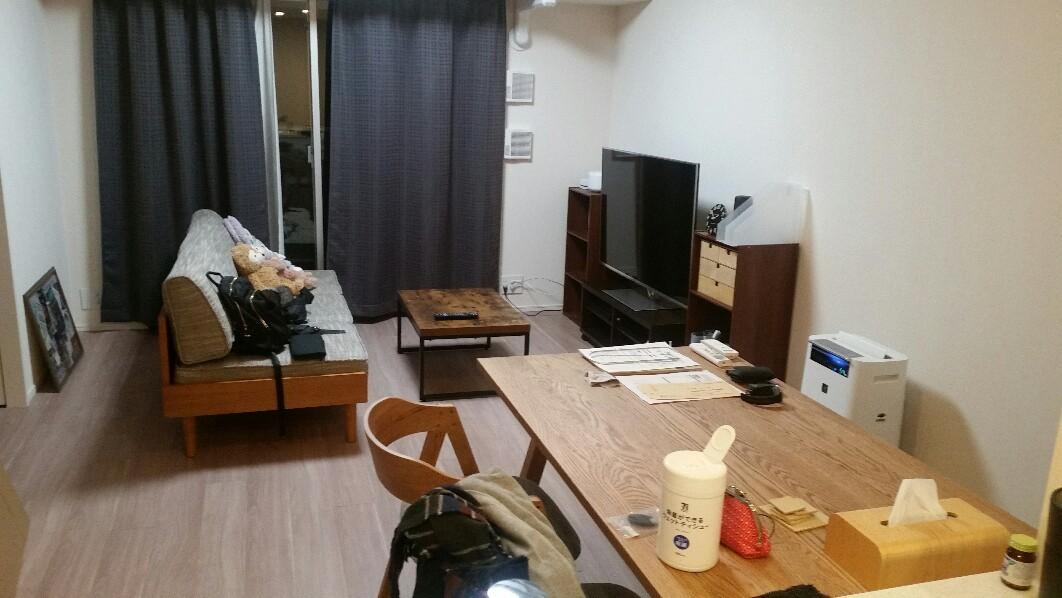 unicoのソファーとテーブル_e0415520_10184438.jpg