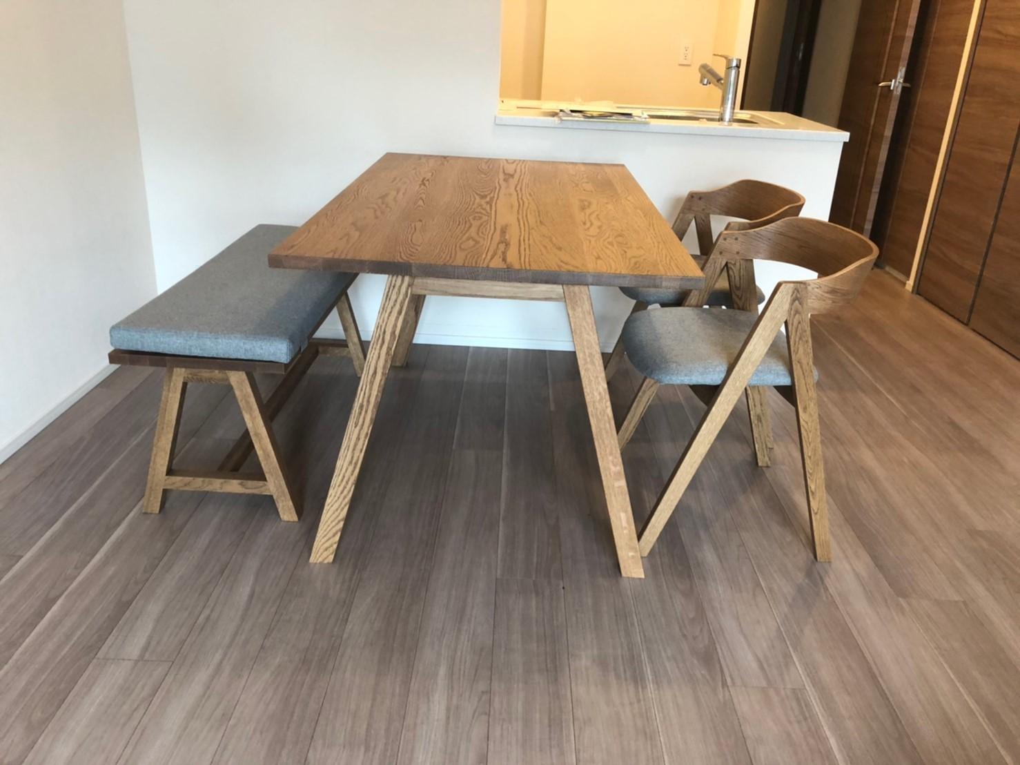 unicoのソファーとテーブル_e0415520_10184541.jpg