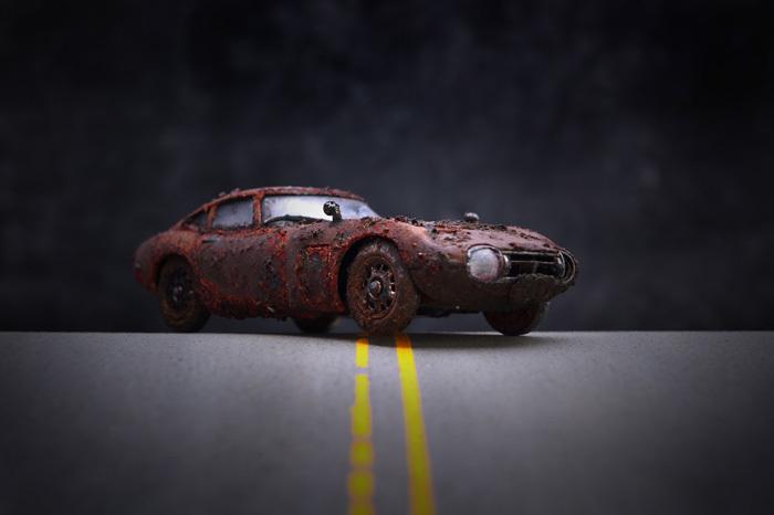 泥中のトヨタ2000GT_b0175635_17481690.jpg