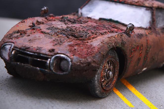 泥中のトヨタ2000GT_b0175635_17482239.jpg