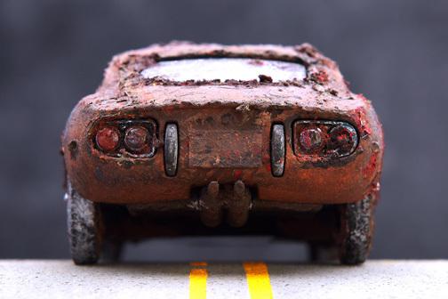 泥中のトヨタ2000GT_b0175635_17482728.jpg