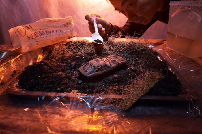 泥中のトヨタ2000GT_b0175635_17483017.jpg