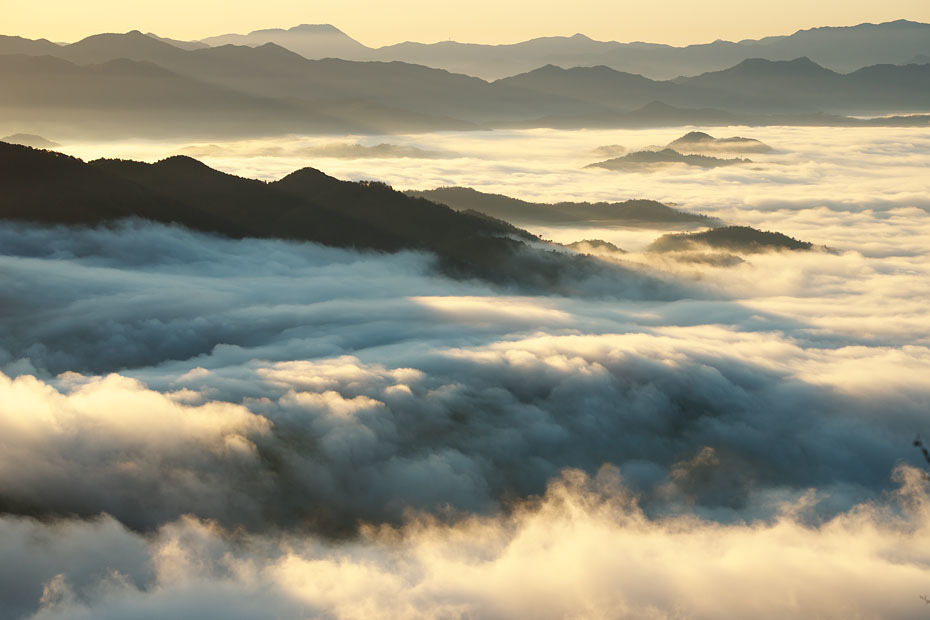 来日岳の雲海'19 #2_c0067040_22102750.jpg