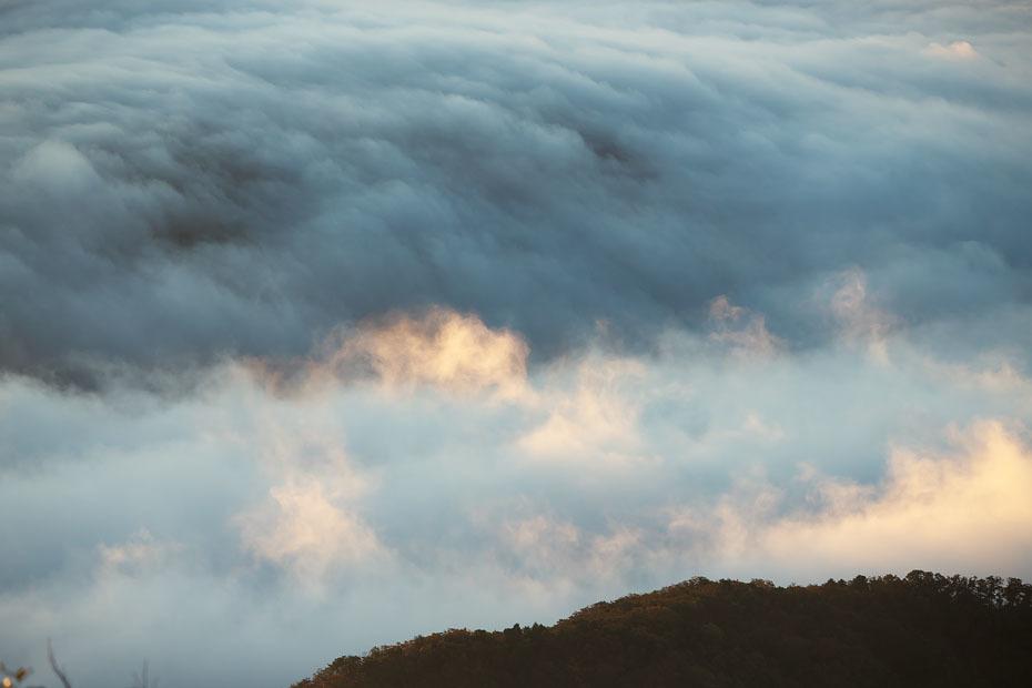 来日岳の雲海'19 #2_c0067040_22110206.jpg