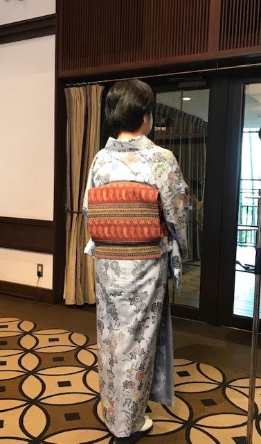 11周年・着にくかった菊の紬・ペイズリー柄の八寸帯。_f0181251_17030877.jpg