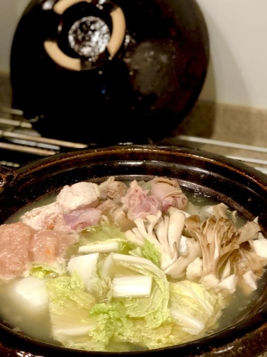 寒くなりました夜ご飯は早くも鍋_b0060363_22325683.jpeg