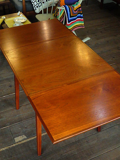 Extention Dining table_c0139773_18131226.jpg