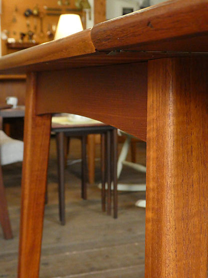 Extention Dining table_c0139773_18145200.jpg