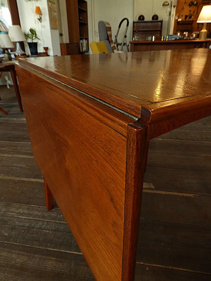 Extention Dining table_c0139773_18160018.jpg