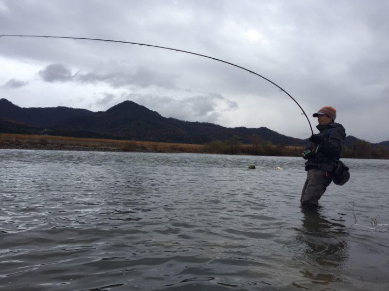 フライでの鮭釣り_c0157482_13475063.jpg