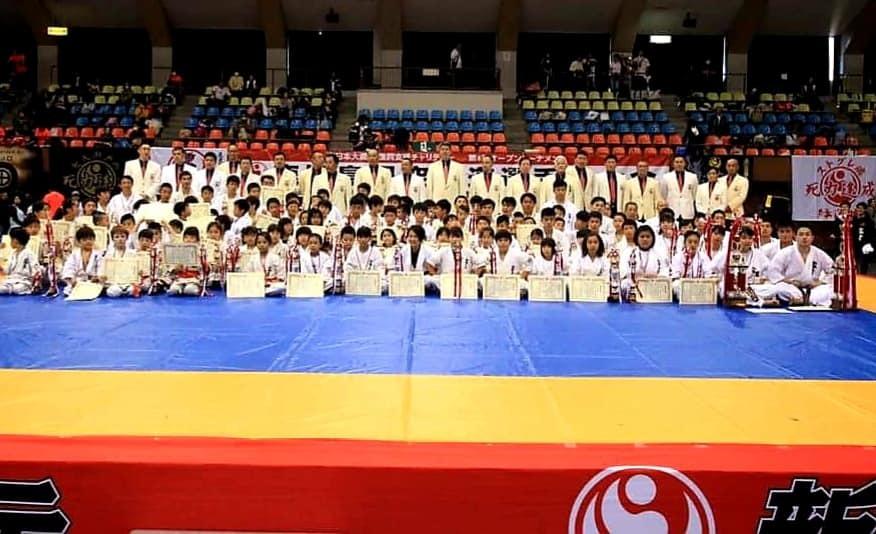 23日の和歌山大会、24日の鹿児島県大会、すべてのスケジュールを無事に終えることが出来ました。_c0186691_11181430.jpg