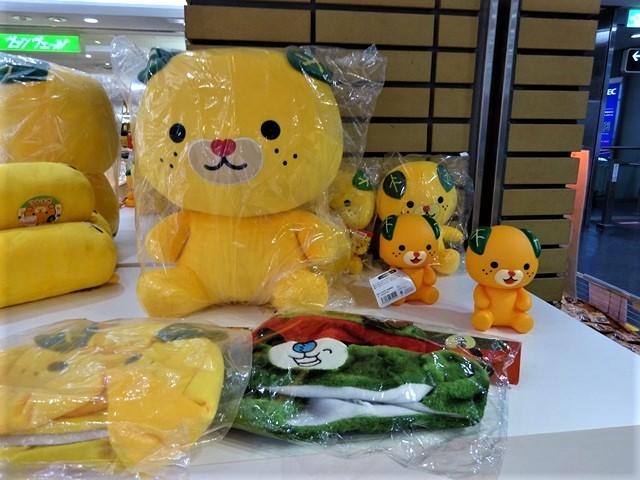 藤田八束の鉄道写真@阪急電車のお客様に感謝、傘忘れました。でも忘れ物センターに届いていました。この感激で元気になれました。_d0181492_22032646.jpg