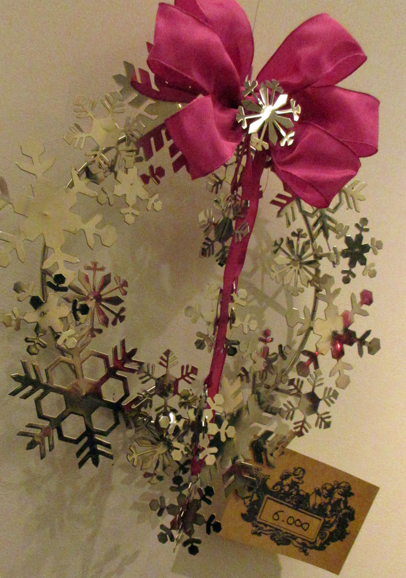 ちょっと早めのクリスマス気分。リース;にもみの木&オーナメント_e0341401_01032827.jpg