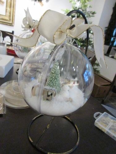ちょっと早めのクリスマス気分。リース;にもみの木&オーナメント_e0341401_01242803.jpg