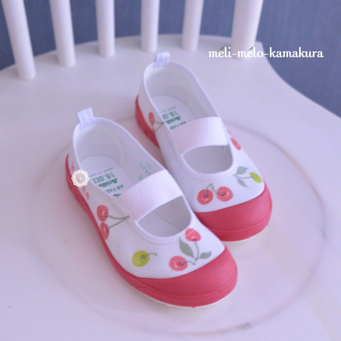 ◆デコパージュ*新入園のこどもたちへ♪かわいい上履き_f0251032_14504127.jpg