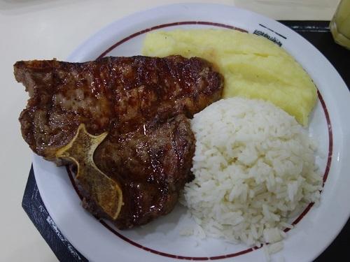 南米最後の食事はDiário GrillのTボーンステーキ_c0030645_01172820.jpg