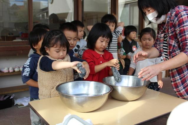 収穫感謝礼拝 と 焼き芋_e0209845_09462734.jpg