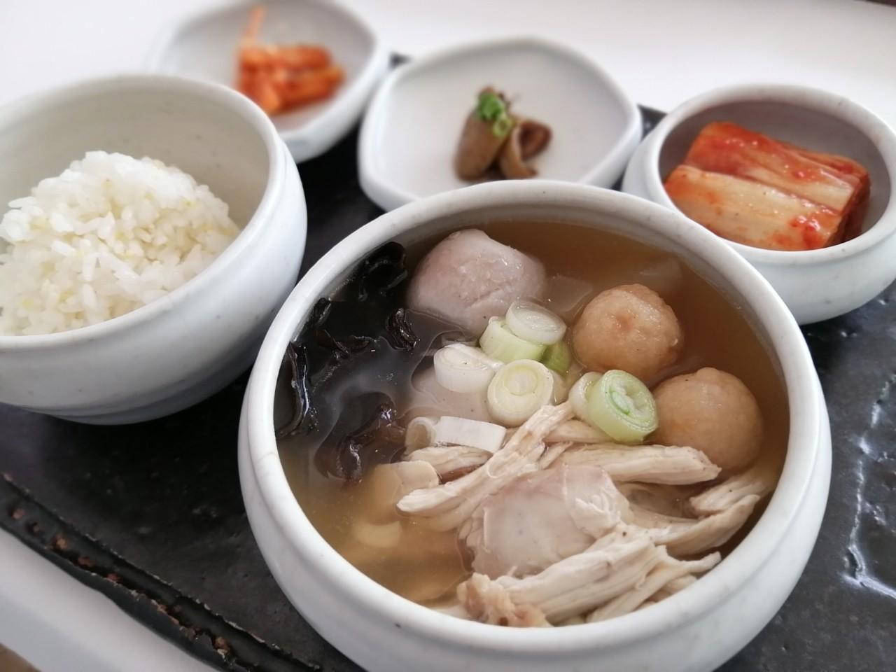 ソウルの素敵ランチ POOM SEOUL♪_b0060363_20091249.jpg