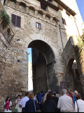 サンジミ1300、塔の内部へ_a0136671_00075999.jpeg