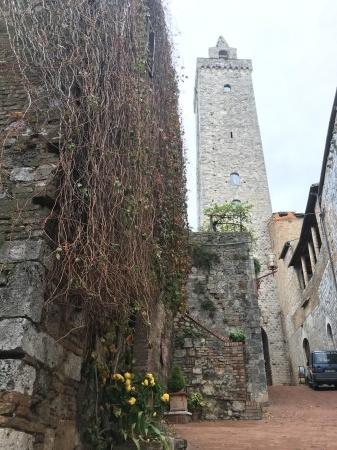 サンジミ1300、塔の内部へ_a0136671_00085979.jpeg