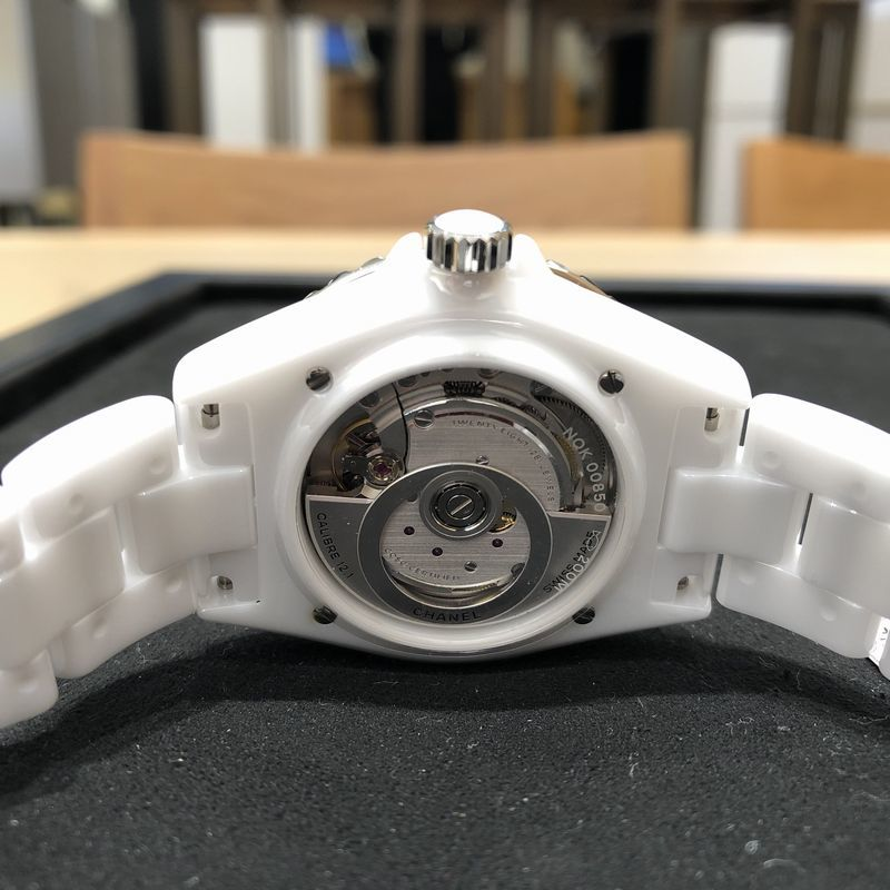 CHANEL Christmas Watch Collection 開催中_b0327972_18425046.jpg