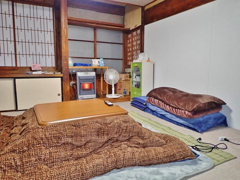 一泊2千円コースで泊まってみました!_c0336902_21324685.jpg