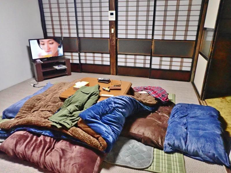 一泊2千円コースで泊まってみました!_c0336902_21372446.jpg