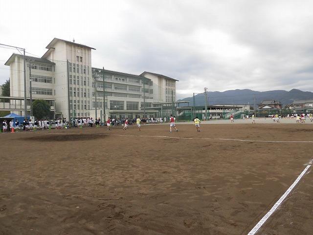 クラス対抗でアルティメットを戦う富士高の球技大会_f0141310_07352366.jpg