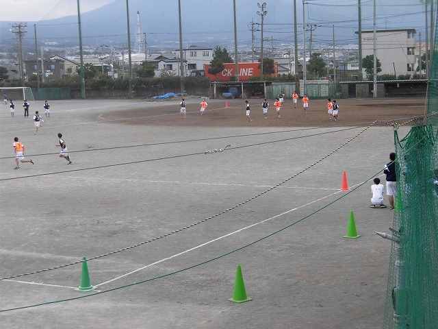 クラス対抗でアルティメットを戦う富士高の球技大会_f0141310_07354170.jpg