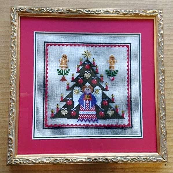 プチポアン刺繍協会作品展 at 京王プラザホテルロビーギャラリー_f0361510_14315203.jpg