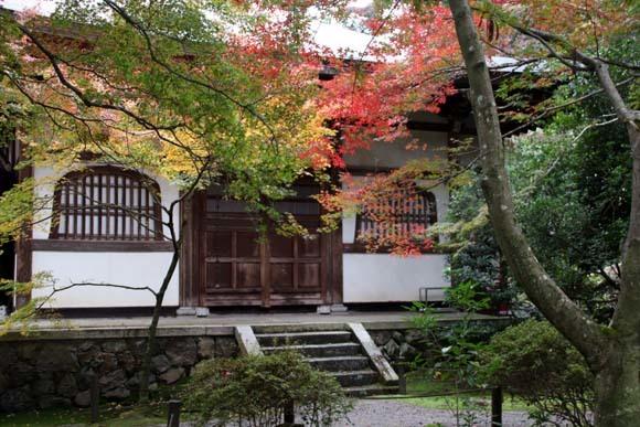 紅葉がさかり 浄住寺と地蔵院_e0048413_21063874.jpg