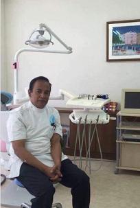 「日本初」のインドネシア人歯科医・グレン・フンホルスさん 言葉、保険の壁に対処 夢は「アジア人のための病院」_a0054926_07042868.jpg